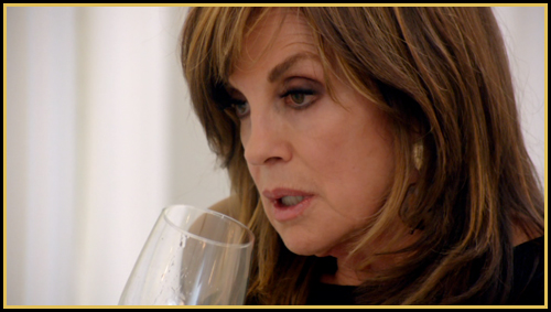 Sue_Ellen_drinking